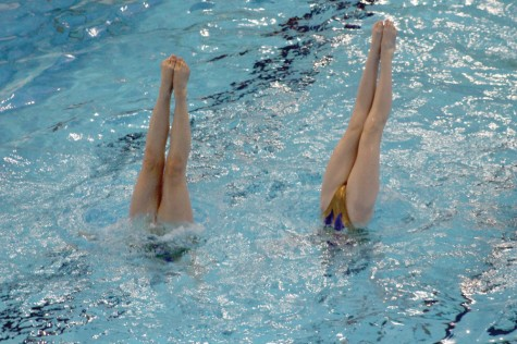 Two members of the Nova Scotia synchronized swimming team practice their duet routine Wednesday morning at the Prince George Aquatic Centre. Allan WISHART/Free  Press