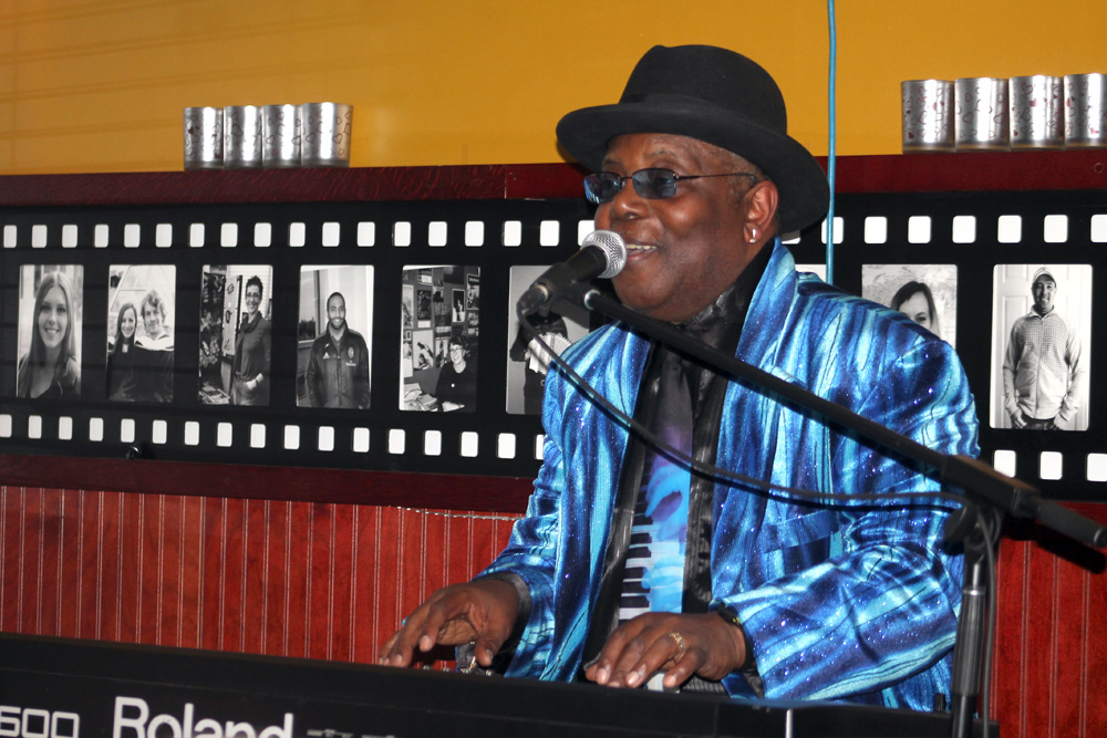 "Award-winning blues artist Kenny ""Blues Boss"" Wayne performs to an appreciative crowd at Shiraz Cafe and Restaurant on Thursday evening. The top-ranking boogie-woogie piano player will take turns with guitarist Brandon Isaak performing Saturday, April 25 at the Seniors Activity Centre at 425 Brunswick. Local artists Curtis Abriel on bass and Nick Tindale on drums round out the band. This is a fundraising dance for Blues Underground and community radio station CFIS 93.l FM. Tickets $25. Teresa MALLAM/Free Press"